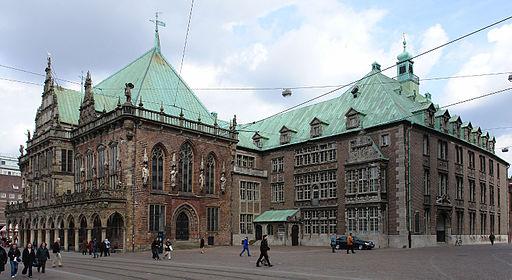 Rathaus Bremen - Altes Rathaus (links) und Neues Rathaus (rechts)