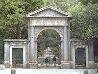 Puerta Real del Real Jardín Botánico de Madrid, obra de Francesco Sabatini, (1781).