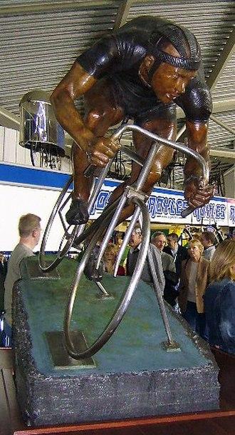 Reg Harris - J. Jackson's Reg Harris memorial at Manchester Velodrome