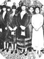 Reina Victoria de España con La Argentinita-retocado.png
