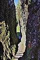 Rocher de Carlat (Cantal) - Escalier de la Reine.jpg