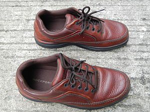 """Rockport (company) - The Rockport """"World Tour"""" model, the company's signature walking shoe from the late 1990s until 2015."""
