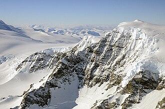 Alexander Island - Image: Rocky mountain face, Alexander Island (6280674894)