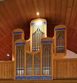 Roding, Christuskirche, Orgel (1) (cropped).jpg