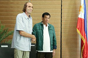 Abu Sayyaf - Kjartan Sekkingstad (left), one of the people kidnapped by the ASG in Samal Island in 2015, meets with President Rodrigo Duterte (right) after his release from ASG captivity.