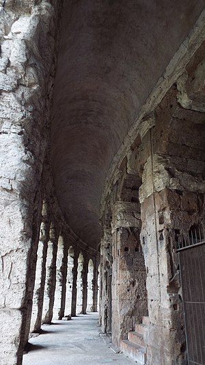 Theatre of Marcellus - Image: Roman old building 3