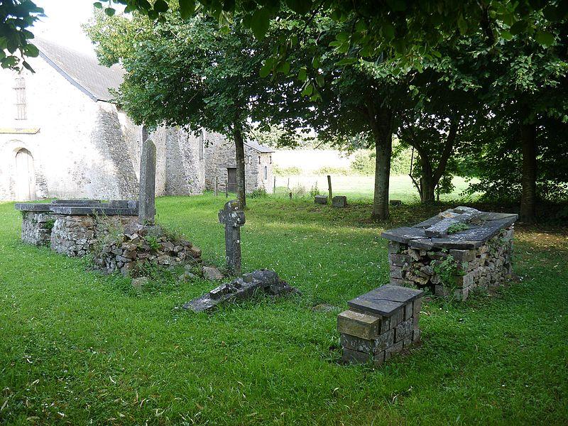 L'ancien cimetière de Froid-Fonds.