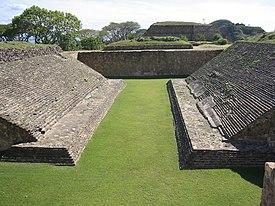 14b5b068db Jogo de bola mesoamericano – Wikipédia