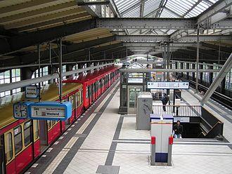 Berlin Ringbahn - Ringbahn platform at Westkreuz