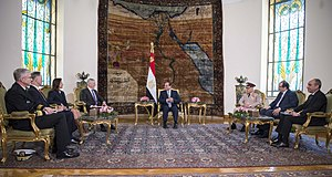 SD visits Egypt 170420-D-GO396-0190 (34136642866).jpg