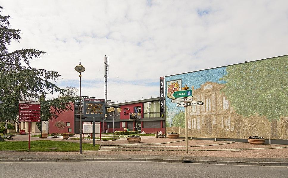 English:  Saint-Jean, Haute-Garonne. Town Hall.