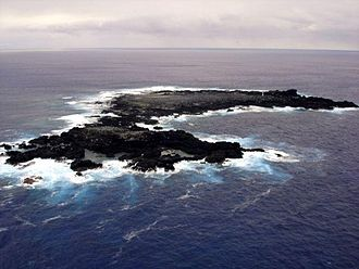 Isla Salas y Gómez - Aerial view of Salas y Gómez, looking east