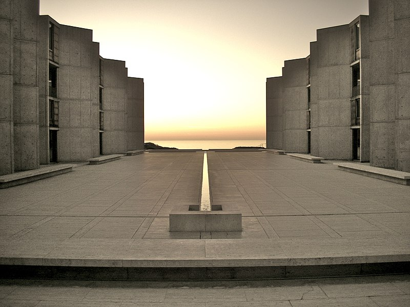 http://upload.wikimedia.org/wikipedia/commons/thumb/f/fd/Salk_Institute.jpg/800px-Salk_Institute.jpg