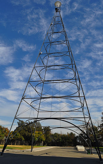 Moonlight tower - San Jose Electric Light Tower half-size replica