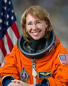 Mission specialist Sandra Magnus, on February 11, 2011. Image: NASA / Bill Stafford.