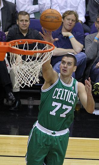 Aleksandar Pavlović - Pavlović with the Celtics in April 2011