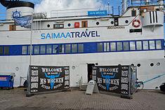 Schleswig-Holstein, Hochdonn, Fähranleger am N-O-Kanal; das Motorschiff Brahe lag dort als Hotelschiff für Wacken Open Air 2015 NIK 5397.jpg