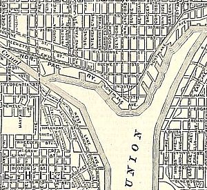 Gas Works Park - A 1911 map shows the promontory, near the center of the map. Many of the east-west street names have since changed, and a few near the lake have been somewhat rerouted.