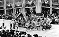 Seattle Potlatch Parade showing float, 1912 (SEATTLE 454).jpg