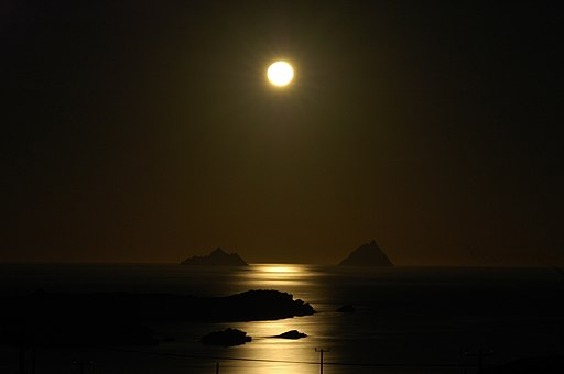 Skelligs fullmoon