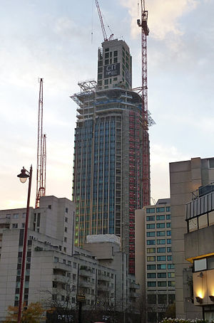 South Bank Tower under construction - Nov 2014.jpg