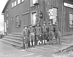 Spruce Division soldiers outside American Railway Express building, Yaquina Bay, ca 1918 (KINSEY 778).jpeg