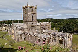 St David's Cathedral Pembrokeshire.jpg