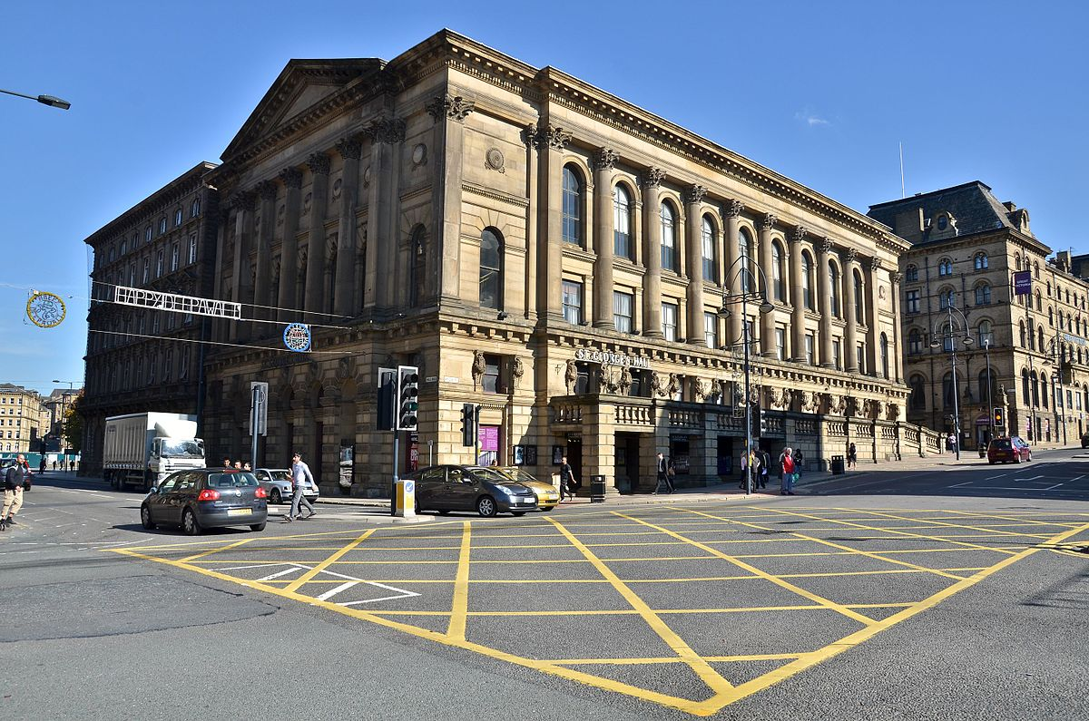 St George's Hall, Bradford - Wikipedia