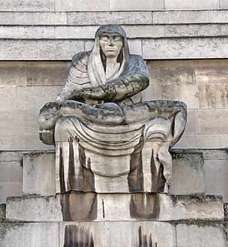 55 Broadway - Image: St James's Park Station sculptures – Night by Jacob Epstein
