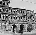 Stadskant van de Porta Nigra, Bestanddeelnr 254-4482.jpg