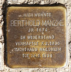 Photo of Berthold Manzke brass plaque