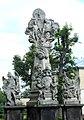 Strzegom, pomnik Trójcy Świętej przed bazyliką śś Piotra i Pawła.jpg
