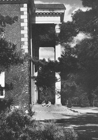 Students' Building (Vassar College) - Image: Students' Building, Vassar College, 1939 or 1940