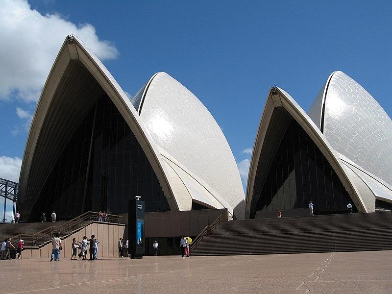 Fichier:SydneyOperaHouse4 gobeirne.jpg