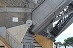 Sydney Harbour Bridge hinge.jpg
