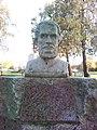 Tápiószentmárton Kossuth szobor.jpg