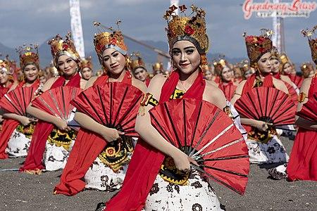 Gandrung Dance
