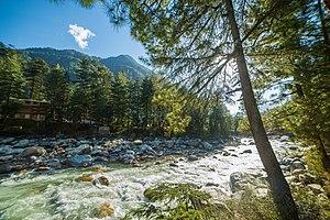 Parvati River (Himachal Pradesh) - Image: The Fast Flowing Parvati River on the banks of Kasol, Himachal Pradesh