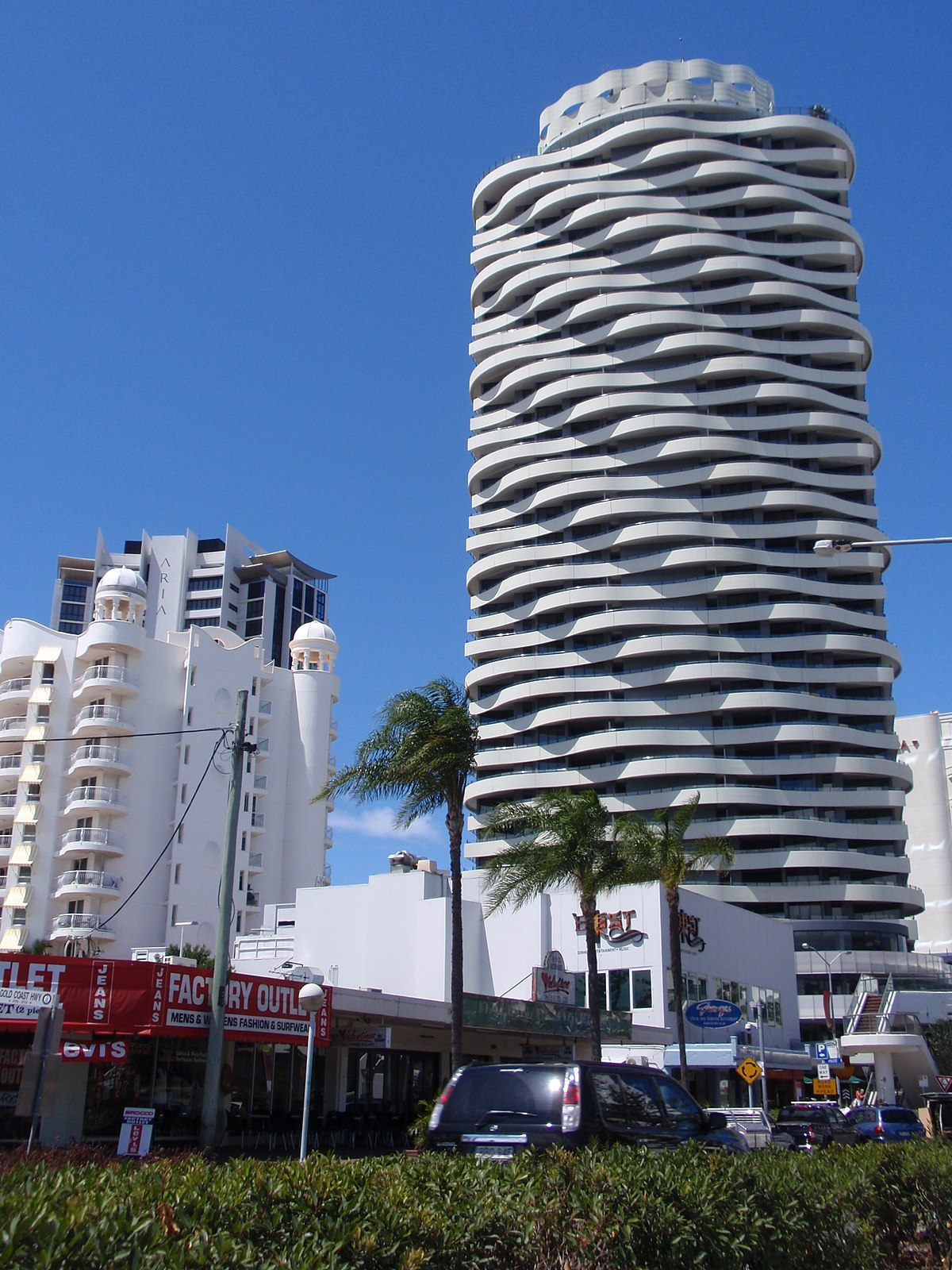 The Wave (building) - Wikipedia