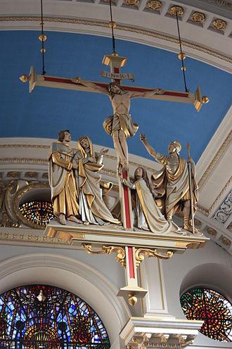 St Mary-le-Bow - The pendant cross, St Mary le Bow