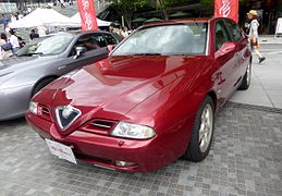 The frontview of Alfa Romeo 166 super 2.0 v6