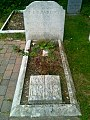 The grave of T. E. Lawrence in the separate churchyard of St Nicholas' Church, Moreton.jpg