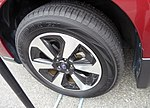 The tire wheel of Subaru FORESTER 2.0i-L EyeSight (DBA-SJ5).jpg