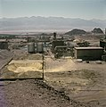 Timna in de Negevwoestijn Gezicht op de kopermijnen met installaties, Bestanddeelnr 255-9306.jpg