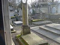 Tombe de Sophie LALIVE de BELLEGARDE, Comtesse d'Houdetot, l'amie de Jean-Jacques Rousseau.JPG