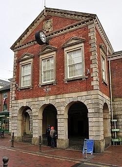 Torrington town hall.jpg