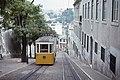 Trams funiculaire de Lisbonne DA GLORIA (Portugal) (5581984144) (2).jpg