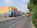 Tramway Montpellier au point de retournement Odysseum 18072006.JPG