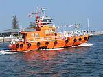 Travemünde-trave-lotsenboot.JPG