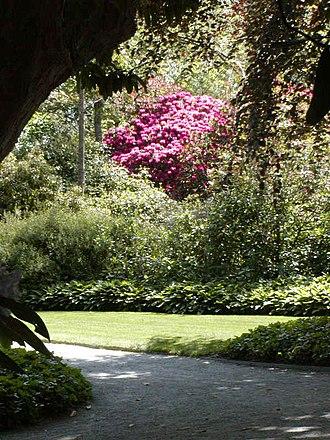 Trelissick Garden - Image: Trelissick view 03
